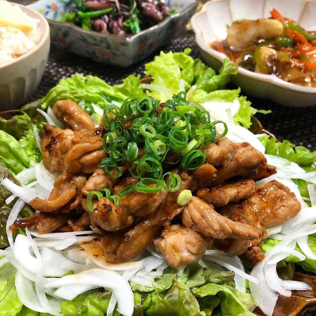 @morihanchan 様の投稿をリポストさせていただきました!投稿はこちら↓↓↓↓↓↓↓↓︎🥢昨日の晩酌🥢❁鶏せせりのわさび焼き❁鱈の野菜あんかけ❁菜の花とホタルイカの海苔入りナムル@yesyesmama さんのクックパッドレシピID 5560612❁たけのこご飯❁︎.鶏せせりのわさび焼きには、新玉ねぎをた〜っぷり敷いて♫菜の花はホタルイカと和えて。筍は炊き込みご飯でいただきました(*´ェ`*)春の食材満喫デブ活まっしぐら..今日はちょっと肌寒かったね。体調崩しませんように♫お疲れ様でした〜乾杯..#鶏せせりのわさび焼き #鱈の野菜あんかけ #菜の花とホタルイカのナムル #たけのこご飯 #クックパッド #cookpad #晩酌 #おうち居酒屋 #おうちごはんlover  #てづくりごはん365  #晩ごはん #おつまみ #家庭料理 #料理好きな人と繋がりたい #フーディーテーブル #マカロニメイト#キッチングラム #今日もハナマルごはん
